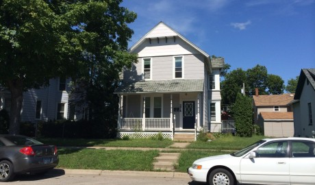 Winona State University off campus student housing at 274 East 8th Street