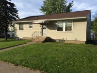 Winona State University off campus student housing at 258 e Mark Street