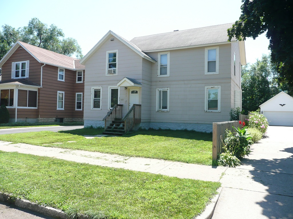 Apartments Near Winona State University